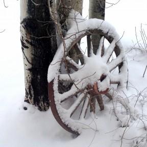 Wagon Wheel for Christmas.png